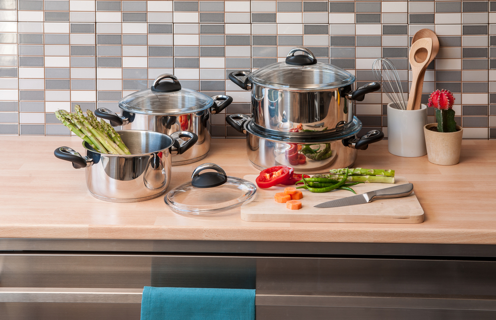 Factors to consider when buying best stainless steel cookware