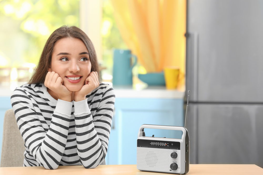 best small radios for the kitchen