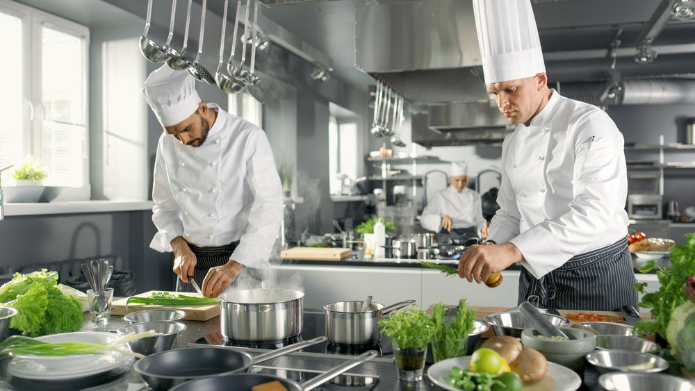 cook with stainless steel cookware